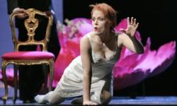 Lucio Silla at Santa Fe Opera: Celena Shafer as Giunia Photo: Ken Howard